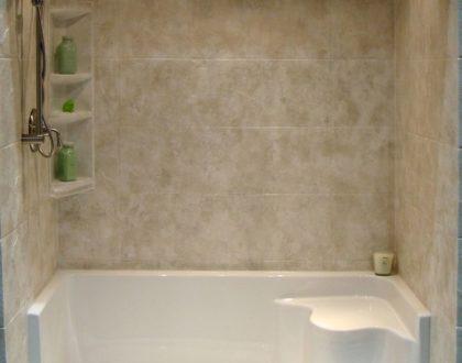 When should I consider installing a bathtub safety step in Sunrise, FL?