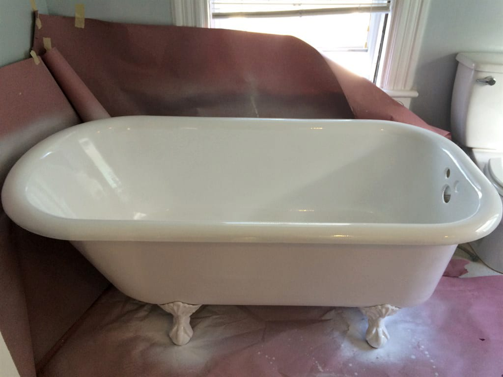 How Can You Make Your Bathtub Look Great Again Without Replacing it ...